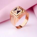Золотой перстень мужской. Эмаль