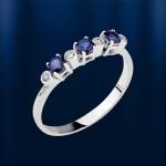 Кольцо с сапфирами и бриллиантоми. Белое золото