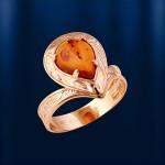 Золотое кольцо с янтарем.