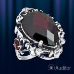 Серебрянное кольцо с гранатом Графиня