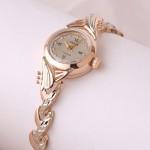 Золотые часы женские Чайка с золотым браслетом