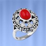 Кольцо из серебра с кораллом