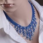 Ожерелье из бисера и кристалла.