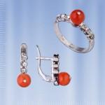 Серьги и кольцо с кораллом