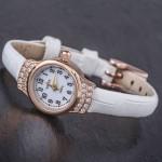 Золотые часы женские Чайка