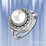 """Кольцо """"Обозрение"""" серебряное с жемчугом."""