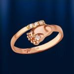 Кольцо Детская Пяточка с бриллиантами