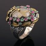 Кольцо серебряное. Волосатик. Рубины & Изумруды