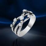 Кольцо из серебра. Стразы