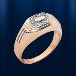 Перстень золотой мужской. Фианит