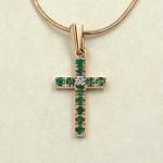 Золотой крест - подвеска с бриллиантом, изумрудами