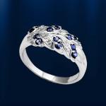 Кольцо с сапфирами и бриллиантами. Белое золото