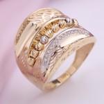 Желтое золото & Фианиты. Золотое кольцо
