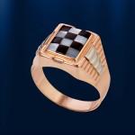 Золотое кольцо - печатка. Перламутр