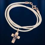 Золотой нательный крестик на гайтане