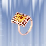 Кольцо из золота 585 с янтарем