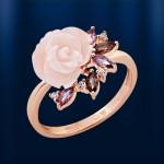 Кольцо золотое с корaллом, раухтопазом, аметистом