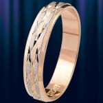 """Кольцо обручальное золотое """"Притяжение"""""""