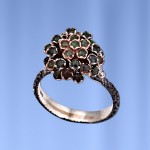 Кольцо серебряное. Изумруды