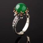 Рубины & зеленый агат. Кольцо серебряное
