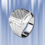 Кольцо-перстень из серебра 925