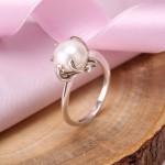 Кольцо серебряное Веста. Жемчуг