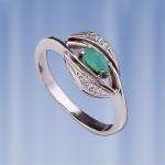 Кольцо серебряное с изумрудами, цирконами