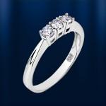 Золотое кольцо с бриллиантами. Белое золото