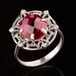 Серебряное кольцо. Кварц Рубин & Фианит