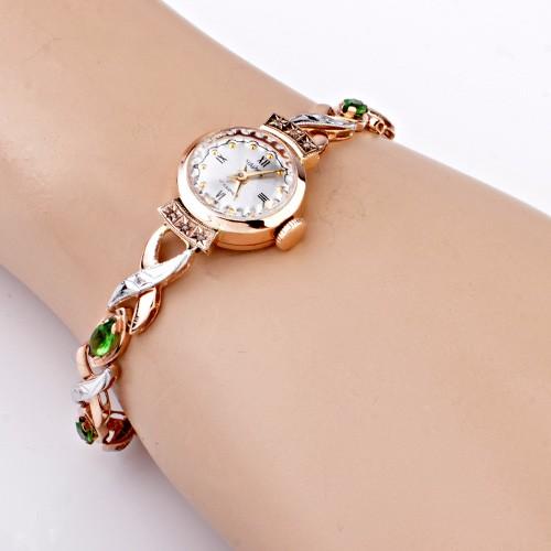 Золотые часы с бриллиантами и золотым браслетом женские